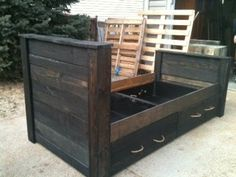 Recycled / Upcycled pallet bed and under bed drawers recovered in pallet with rope pulls