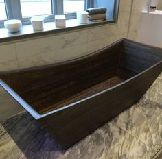 Norwegian Wood Design – Bathtub