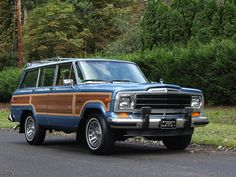 1988 Jeep Grand Wagoneer right front view Blue Jeep Wrangler, Jeep Cj7, Jeep Wagoneer, Classic Trucks, Classic Cars, Military Jeep, Jeep Commander, Jeep Patriot, Jeep Renegade