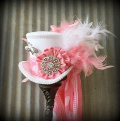 3c7900f595a84 Kentucky Derby Mini Top Hat Pink Mini top Hat Alice by ChikiBird Mad Hatter  Hats