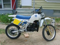 1983-1/2 Husqvarna 250CR, cleaned it , and that 's it..