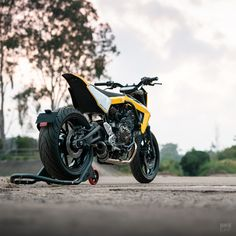The world's most exciting custom bikes released in chosen by the readers of the world's biggest custom moto website. Custom Motorcycles, Custom Bikes, Yamaha Mt07, Bike Builder, Indian Scout, Bmw S1000rr, Royal Enfield, Sidecar, Cool Bikes
