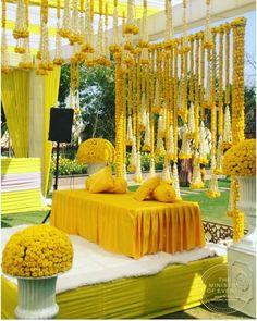 Desi Wedding Decor, Luxury Wedding Decor, Wedding Stage Decorations, Backdrop Decorations, Mehendi Decor Ideas, Mehndi Decor, Indian Wedding Stage, Booth Decor, Ministry