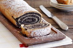 Poppy Seeds and Walnuts Presburger - Lil' cookie Dessert Cake Recipes, Sweets Cake, Poppy Seed Paste Recipe, Yeast Cake Recipe, Christmas Bread, Baking And Pastry, Sweet And Salty, Coffee Cake, No Bake Cake