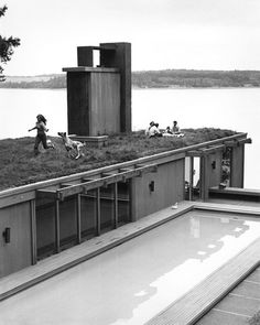 Olson Kundig Architects- Green space is important, recent studies show that being able to even watch green space decreases stress.... what if it was just on your roof all the time!?
