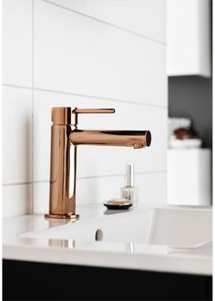 Hafa Design servantbatteri Rosé, u/oppløftventil - vvskupp. Copper Rose, Rose Gold, Guest Bath, New Homes, House Styles, Design, Home Decor, Bathrooms, Sinks