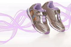 Κοριτσίστικα Sneakers Princess Sofia με φωτάκια !! Fall Winter, Autumn, Princess Sofia, Asics, Purple, Sneakers, Shoes, Fashion, Tennis