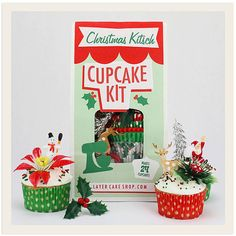 Give the gift of holiday cupcake baking bliss to yourself or that someone special with our Christmas Kitsch Cupcake Kit! Loaded with retro