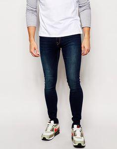 """Jeans von ASOS Power-Stretch-Denim dunkle Waschung verdeckter Reißverschluss superenge Passform Maschinenwäsche 72% Baumwolle, 26% Polyester, 2% Elastan Unser Model trägt Größe 81 cm/32"""" und ist 188 cm/6 Fuß 2 Zoll groß"""