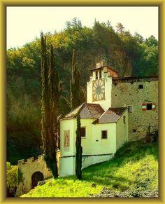 Castle Braunsberg, Lana, South Tyrol, Italy