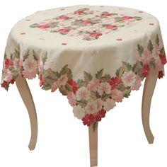 Melhor Design No.119-1 Moda toalha de mesa bordada poliéster oca-out (85 * 85 centímetros) bordado Têxtil de casa para a sala de jantar do hotel 15,11 pouco mais de 1