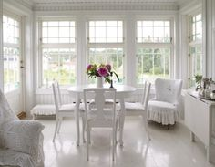 This beautiful white classic and romantic house is located in Norway. The house was build for a small family and consists of two small floors. Classic decoration in the interior is found in every room. All rooms make good use…Read more › Scandinavian Living, White Rooms, Luxury Interior Design, Interior Decorating, White Houses, White Decor, Dining Room Design, Design Case, Porches