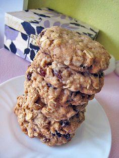 Skvělé šťavnaté a sušenky z ovesných vloček a rozinek | Veganotic