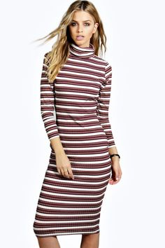 boohoo Australia's online dresses collection has everything from formal dresses to chic dresses so you're guaranteed to find the perfect style for you right here. Summer Dresses, Formal Dresses, Cowl Neck, Dress Collection, Dresses Online, Latest Trends, Boohoo, Alice, March