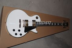 Free shipping HOT wholesale Top quality white L G CUSTOM guitar with Golden Electric Guitar   1112 #Affiliate