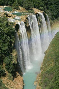 Cascada de #Tamul, San Luis Potosí, #México. Eliza Bracho Tamul waterfall in San Luis Potosi, Mexico. Tour By Mexico - Google+