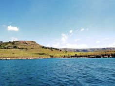 Drakensberg Mountain Retreat on the Sterkfontein Dam Nature Reserve, Weekend Getaways, Lodges, Villa, Mountains, City, Travel, Cabins, Viajes