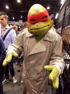 "Raphael - Teenage Mutant Ninja Turtles cosplay ""What's a cricket?"""