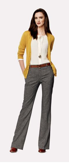 Grellow yet again - love this combo! Casual Dresses, Dresses For Work, Work Outfits, Business Casual Outfits, Weekend Wear, Signature Style, Flare Jeans, Work Wear, Banana Republic