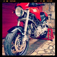 Monster S2R800