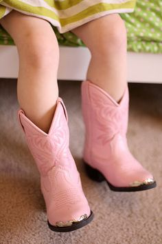 Little pink cowgirl boots are so cute! #Littlecowgirl #cowboyboots #pink #cute