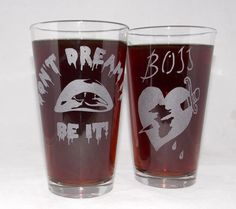Rocky Horror Picture Show Etched Pint Glass Set Rocky Horror Show, The Rocky Horror Picture Show, Horror Merch, Horror Party, Great Movies, Pint Glass, Geek Stuff, Time Warp, Etsy