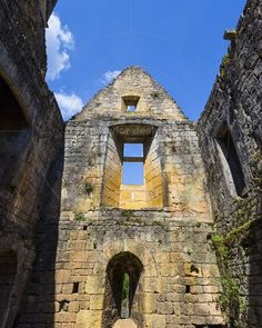 Château de Commarque Les Eyzies-de-Tayac-Sireuil France  www.alamy.com/image-details-popup.asp?ARef=FAPFBY marketplace.500px.com/photos/136211093 #castle #france #medieval #dordogne #architecture #ancient #old #historical #tower #heritage #europe #commarque #aquitaine #perigord #fort #picturesque #monument #ramparts #touristy #eyzies #les #battlements #building #historic #wall #tourism #stone #travel #french #chateau
