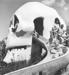 https://flic.kr/p/bB4W35 | 10005693 | Young pirates slide down two story high Skull Rock, an adventure on Skull Island based loosely on the dashing exploits of pirate Jean Lafayette on the gulf coast of Texas. Rafts based on old South log cotton rafts transported visitors to the island. (Courtesy Fort Worth Star-Telegram Collection)