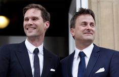 Külföld: Melegházasságot kötött a miniszterelnök - NOL. Suit Jacket, Suits, Jackets, Fashion, Luxembourg, Down Jackets, Moda, Fashion Styles, Suit