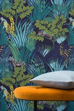 decoration jungle urbaine | Anne-Emmanuelle Thion —Banquette Home Autour du Monde, miroir La ...