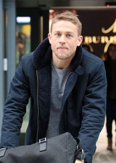 LaineyGossip|Charlie Hunnam is hot as he arrives in London