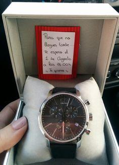 Caja sorpresa regalos hechos pinterest sorpresa - Relojes originales de pared ...