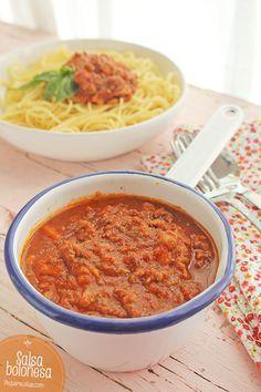 "Salsa boloñesa o ""ragú alla bolognese"" Salmon Recipes, Pasta Recipes, Beef Recipes, Italian Recipes, Chicken Recipes, Healthy Recipes, Recipe Pasta, Salsa Tomate, Breakfast Recipes"