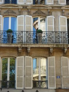 more color inspiration ... Parisian apartments in the 8th arrondissment