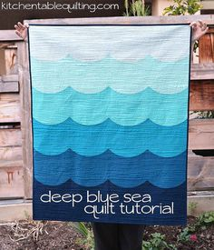 deep blue sea baby quilt tutorial http://www.kitchentablequilting.com/2014/08/deep-blue-sea-baby-quilt-tutorial.html