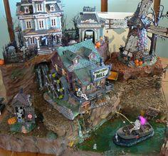photo Halloween Village Display, Halloween Yard Decorations, Hawthorne Village, Christmas Villages, Halloween Art, Vignettes, Mini Pies, Department 56, Fairy Gardens