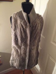 Sax Fifth Avenue Wonens Rabbit Fur Vest Size M  #Saxfifthavenue #Vest #Winter