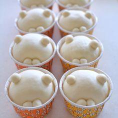 Japan Dessert, Kawaii Dessert, Sweets Recipes, Baby Food Recipes, Baking Recipes, Festive Bread, Japanese Bread, Bread Shaping, Bread Art