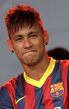 Neymar by Pascal Della Zuana on Messi Neymar, Neymar Pic, Neymar Football, Lionel Messi, Football Players, Brazilian Soccer Players, Neymar Brazil, Neymar Jr 2014, Neymar Jr Wallpapers