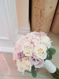 Wedding Arch Flowers, Bridal Flowers, Flower Bouquet Wedding, Rose And Lily Bouquet, Country Wedding Decorations, Blush Roses, Marie, Engagement, Wedding Bouquets