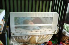 Tips from REAL moms on how to transition your toddler from a crib to a bed! Pin now, read later!! #crib #bed