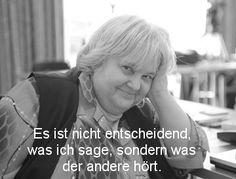 #vera f #birkenbihl ... niemand erklärt #kommunikation und #verhalten der menschen, vor allem auch das eigene, so wie sie. einfach unglaublich.