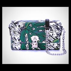 💜🆕 Rebecca Minkoff Lane Crossbody Jungle Print ✨SALE✨ NWT  Rebecca Minkoff Lane Crossbody in a jungle print patten. Please view all photos for size information. Please ask any questions you may have before purchasing!  🚫No Trades🚫 Rebecca Minkoff Bags Crossbody Bags