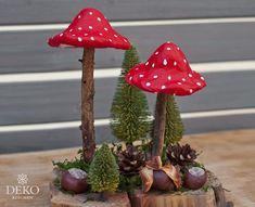 Christmas Candles, Christmas Wreaths, Christmas Ornaments, Advent Wreaths, Christmas Christmas, Modern Christmas, Scandinavian Christmas, Mushroom Chair, Mushroom Crafts