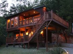 Twilight, Cabins In Gatlinburg Tn, Big Screen Tv, Luxury Cabin, Interior And Exterior, Scenery, House Styles, Home, Wedding