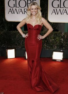 Reese Witherspoon at the Golden Globes - se is soooo pretty