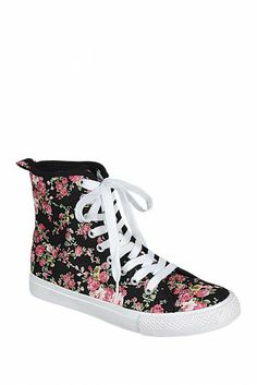 LILIANA Esther Canvas Sneaker