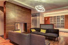 Dekoracyjne oświetlenie w salonie. Różne rodzaje oświetlenia z podziałem na strefy.