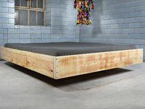 Holzbett schwebend  Baubohlen Bett - Vignes von BaubohlenBett auf DaWanda.com | Pallet ...