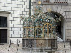 Travelwriticus: Fountain in Jindřichův Hradec, Czech Republic Cities In Europe, Central Europe, By Plane, Solo Travel, Czech Republic, Architecture Details, Prague, Places To Travel, Travel Inspiration
